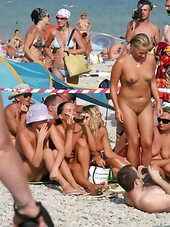 Candid Nudist Beach Pictures