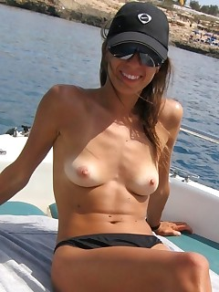 Nudist Wife Pictures