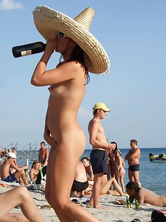 Amateur Nudists Pictures